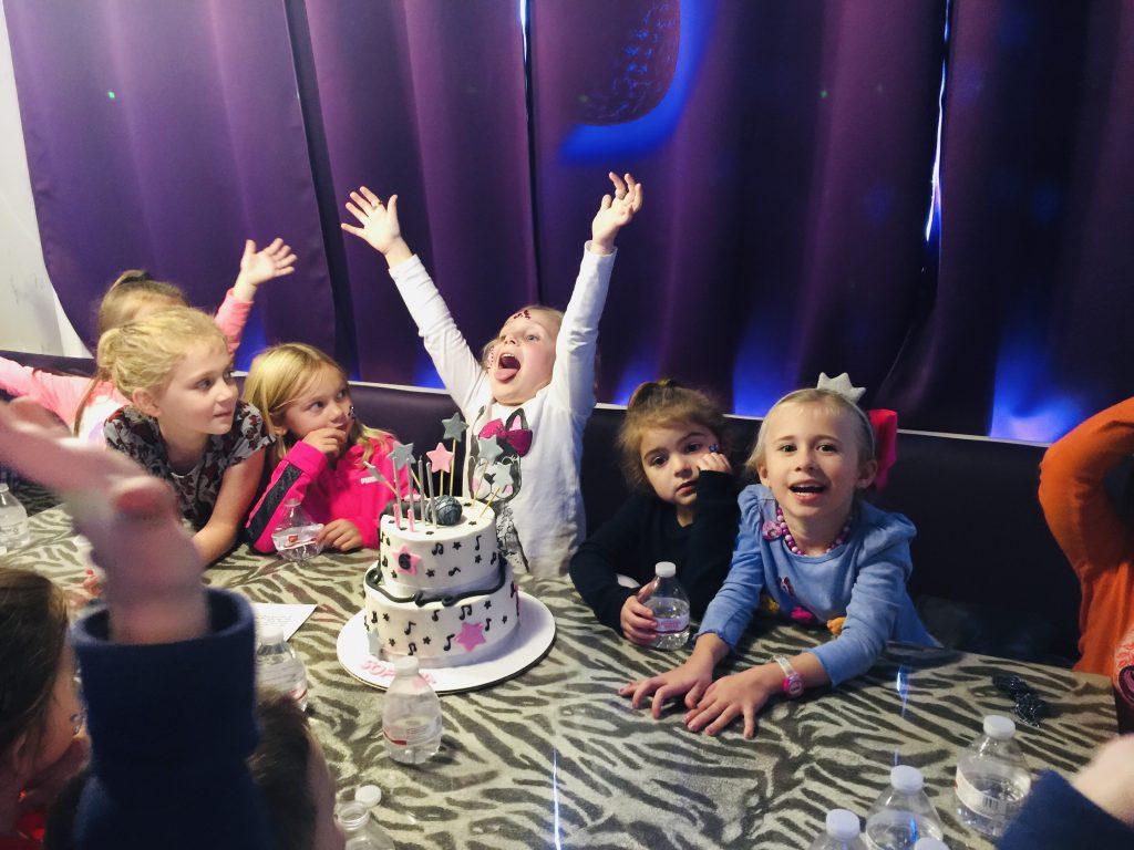 Birthdayparty(16)